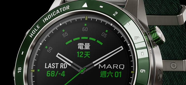 混合材質錶練結合鈦合金與賽車紅矽膠,為車手在賽道競速時提供絕佳的舒適體驗。
